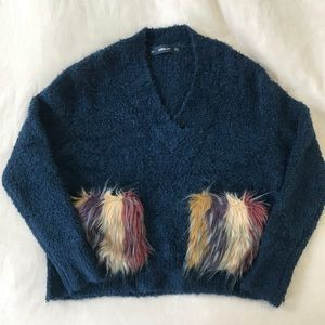 Zara Sweaters - Zara Faux Fur V Neck Chunky Sweater Wool Medium